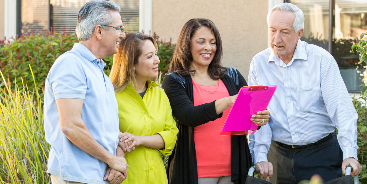 Benefits of Hiring an In-Home Caregiver This Year