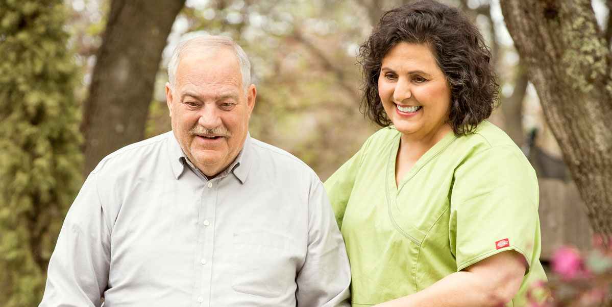 Benefits of In-Home Care for Seniors with Alzheimer's Disease